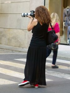 How to wear Converse - midi skirt