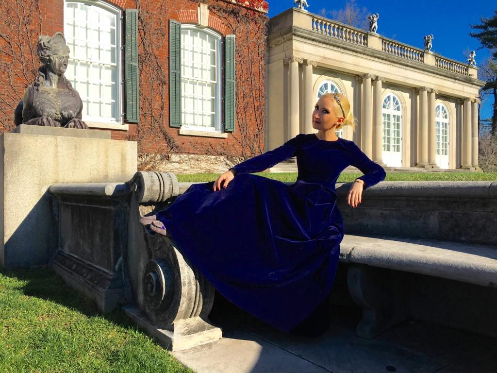 Liliya's blue velvet #ootd