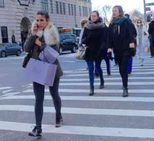 Sneaker street style do's and don'ts