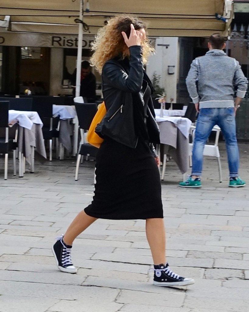 Converse street style in Venice