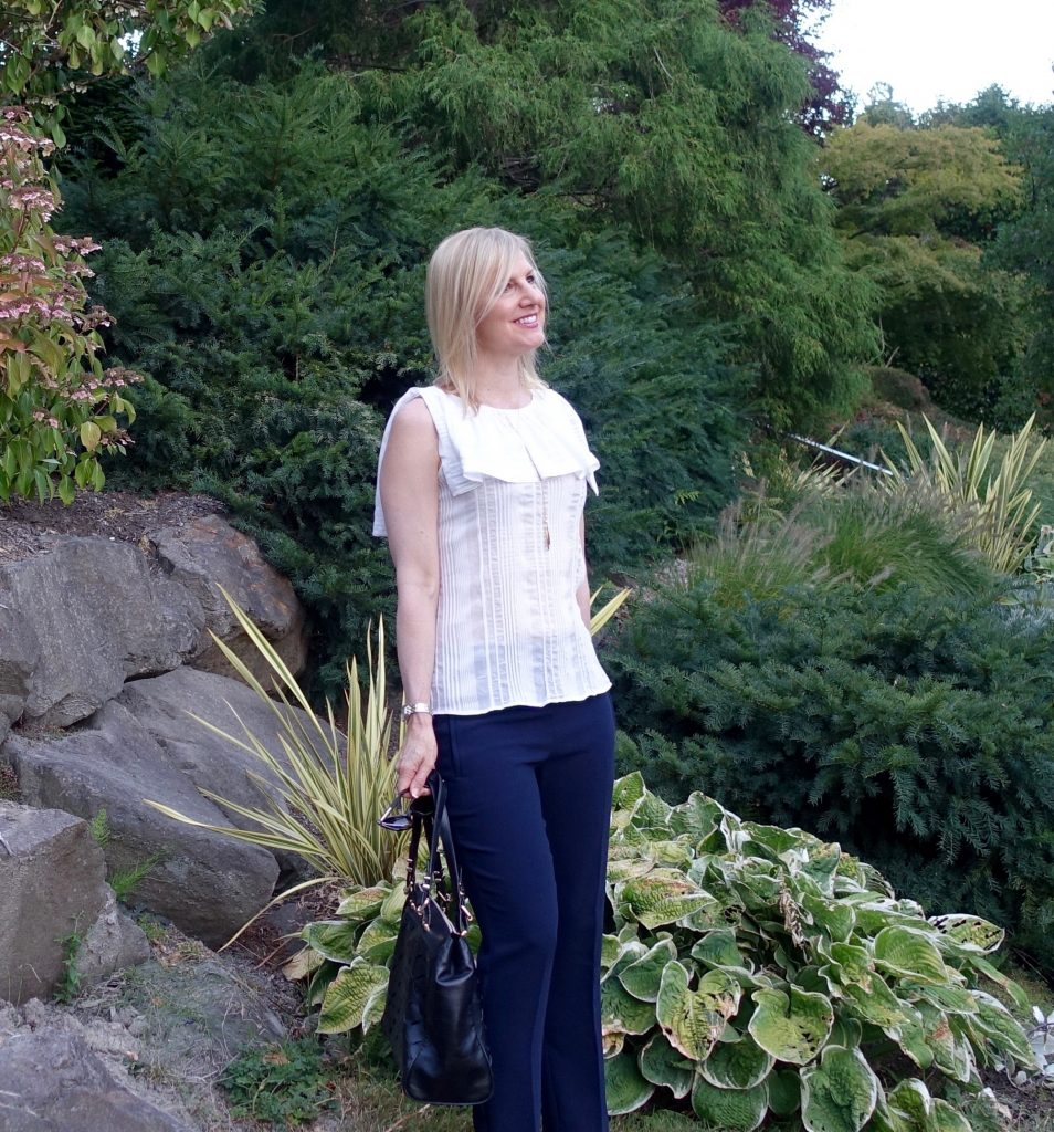#OOTD - ruffly top, navy pants