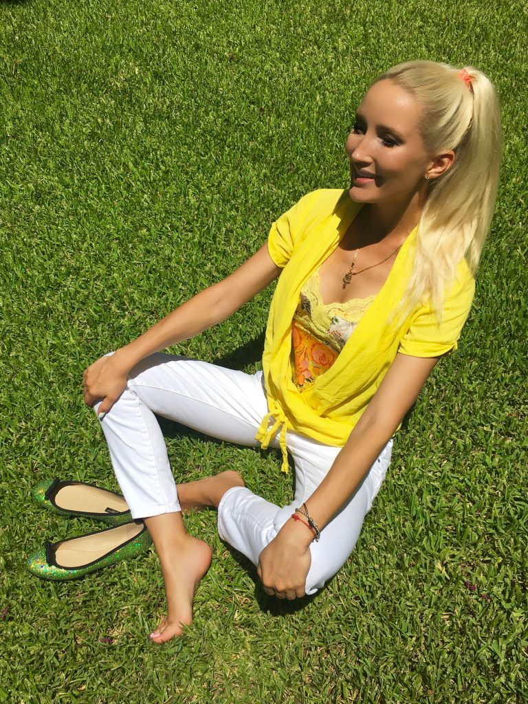 Liliya in yellow, 1