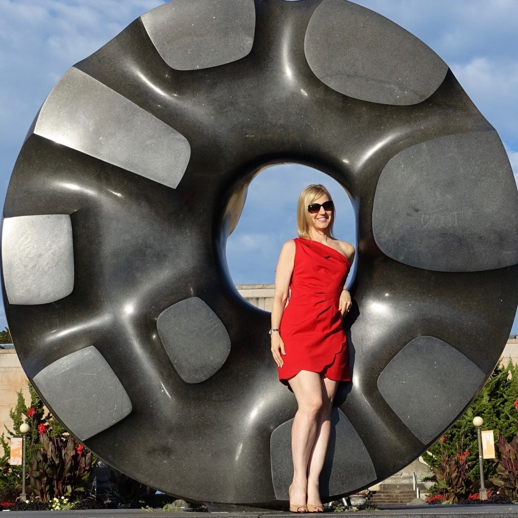 My red dress at an Isamu Nochuchi sculpture