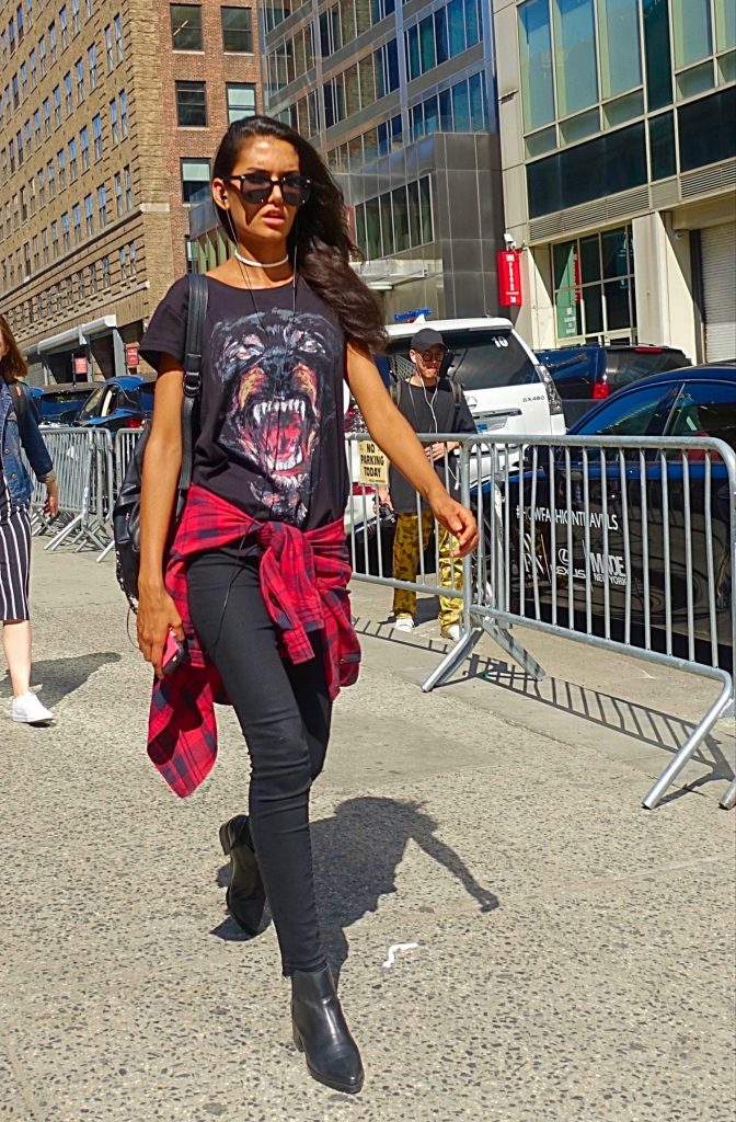 Graphic t-shirt street style, 8