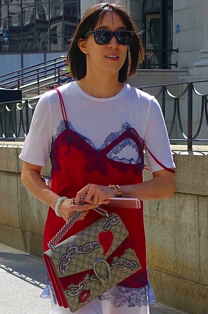 Graphic t-shirt street style, 13