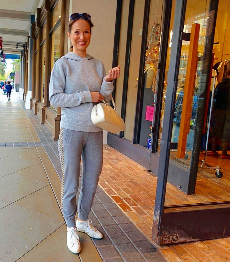 Holiday street style, Santana Row - 1