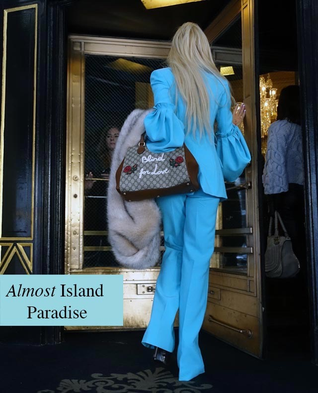 One of 10 hottest colors for Spring, 2017: Island Paradisse