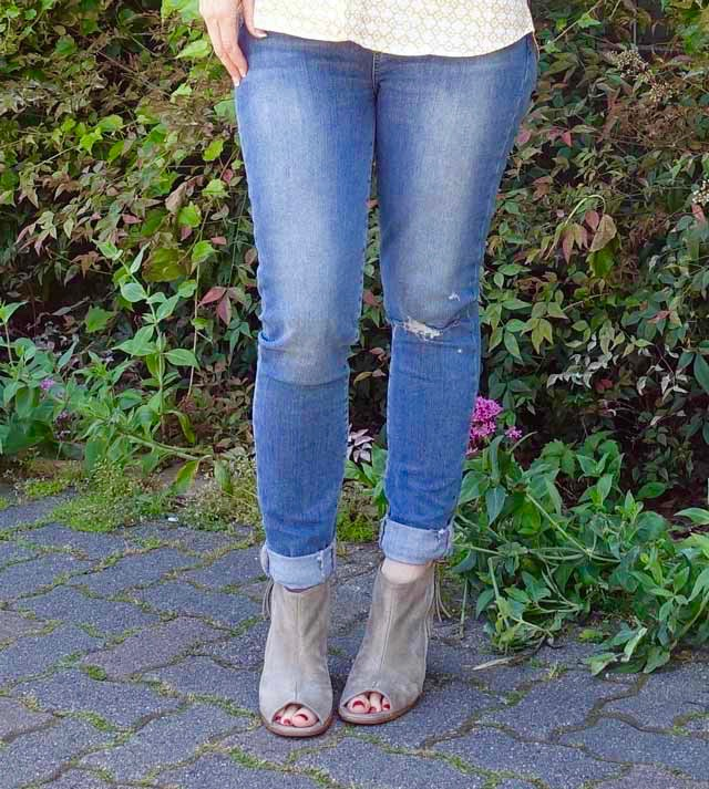 Skinny jeans and peep-toe booties
