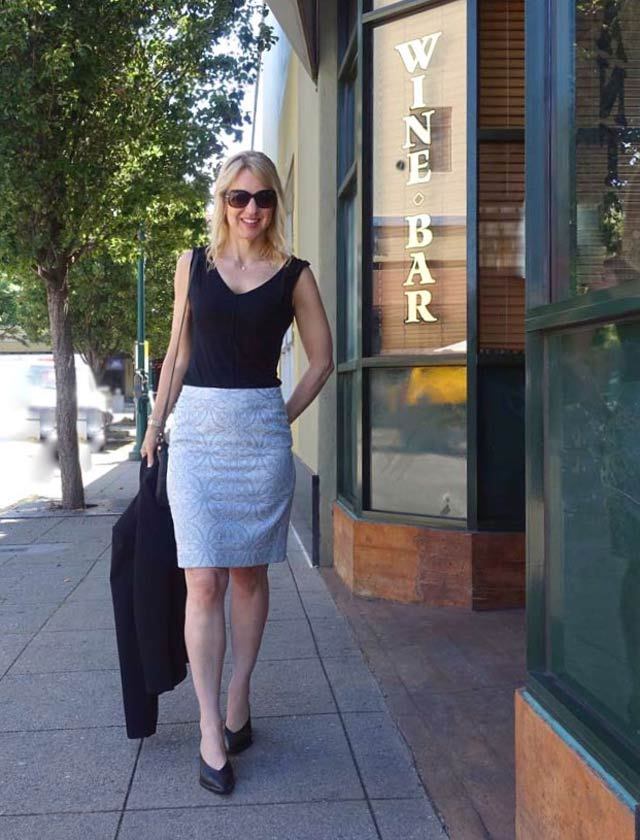 Sleeveless tee with pencil skirt