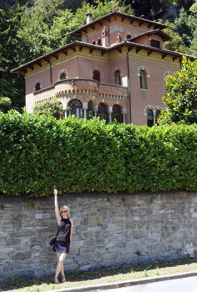 Outfit for strolling around Lake Como