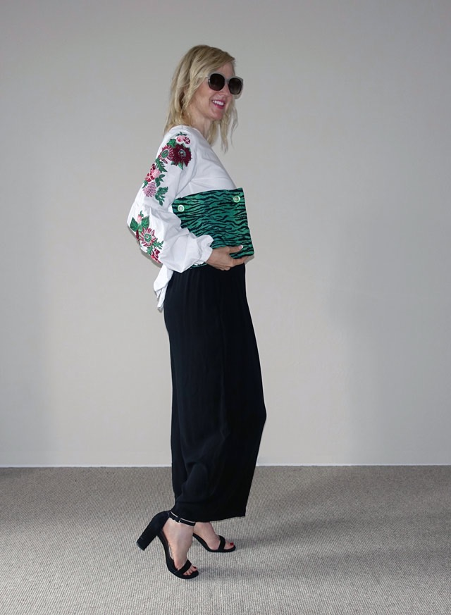 Boho-light embroidered top look