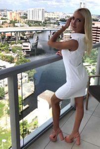 Minika Ko white stain-resistant dress